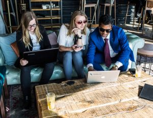 Teaching-Digital-marketing-strategist