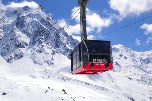 Snow-mountains-in-Geneva-in-Switzerland